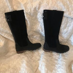 SOREL GUC sz 10 waterproof slip on boots black